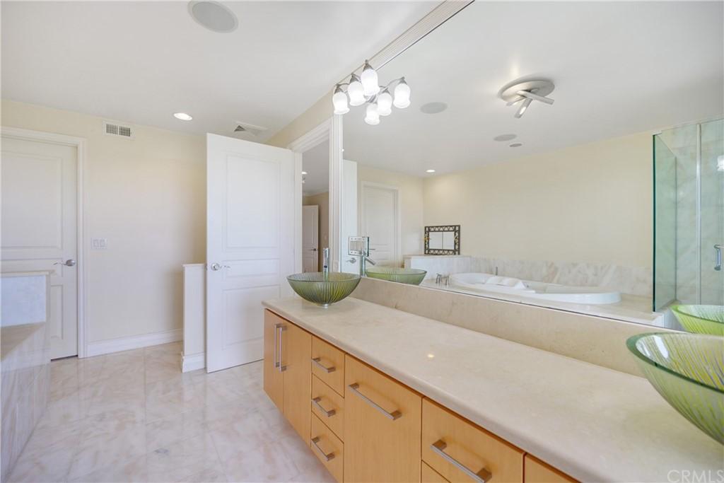 Pending | 1116 Via Zumaya Palos Verdes Estates, CA 90274 50