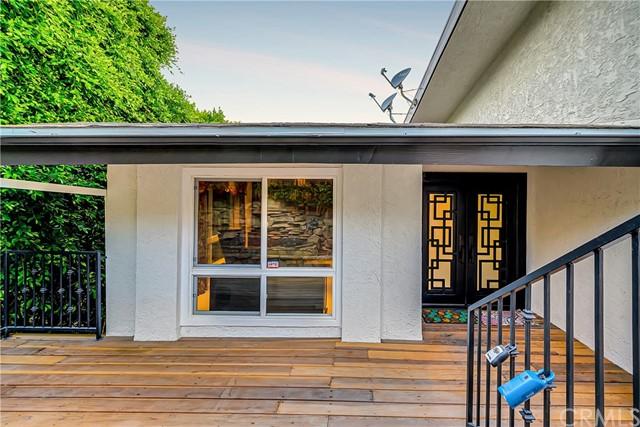 Pending | 1116 Via Zumaya Palos Verdes Estates, CA 90274 98