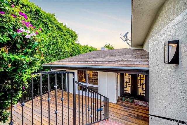 Pending | 1116 Via Zumaya Palos Verdes Estates, CA 90274 102