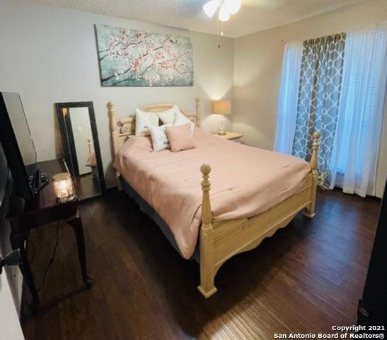 Pending   5819 Hidden Cpe San Antonio, TX 78250 21