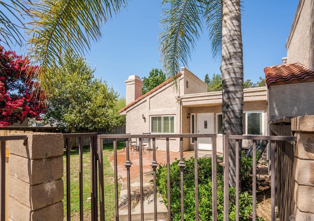 ActiveUnderContract | 9723 La Jolla Drive #A Rancho Cucamonga, CA 91701 1