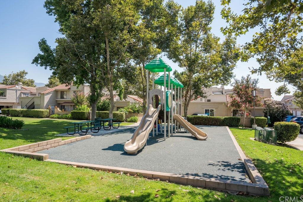 ActiveUnderContract | 9723 La Jolla Drive #A Rancho Cucamonga, CA 91701 50