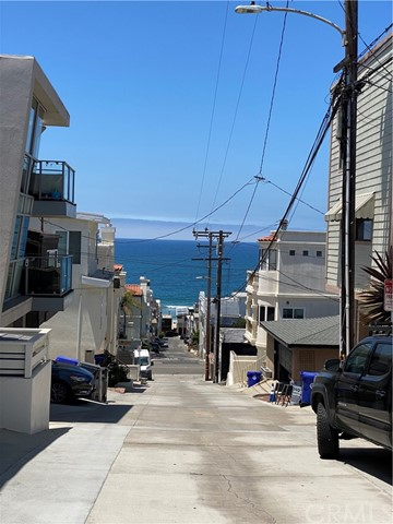 Closed | 425 21st Place #2 Manhattan Beach, CA 90266 3