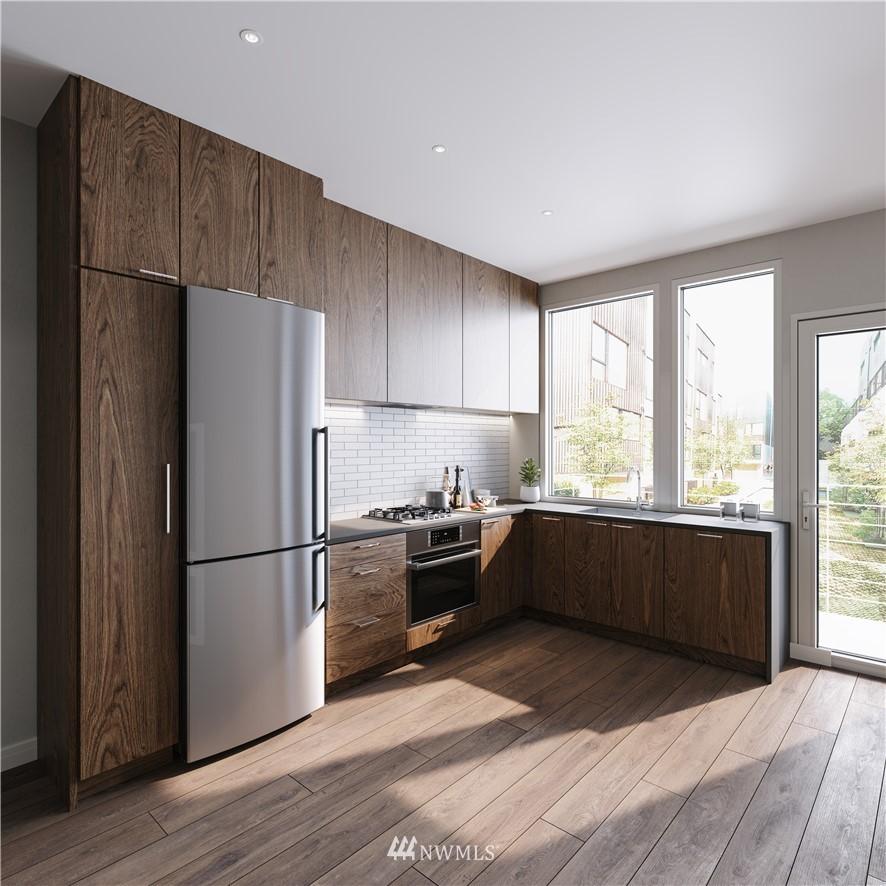 Sold Property   73 E Lynn Street Seattle, WA 98102 4
