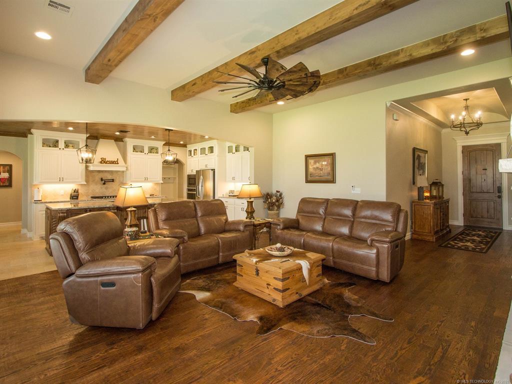 Off Market | 6752 N Granite Lane Owasso, Oklahoma 74055 5