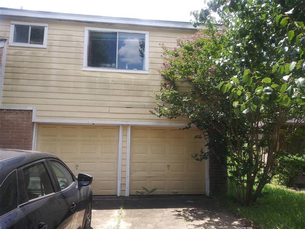 Pending   13851 Aspen Hollow Lane Houston, Texas 77082 0