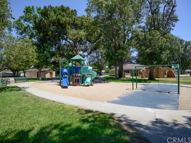 Pending | 2462 Santa Clara Avenue Fullerton, CA 92831 31