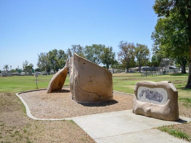 Pending | 2462 Santa Clara Avenue Fullerton, CA 92831 32