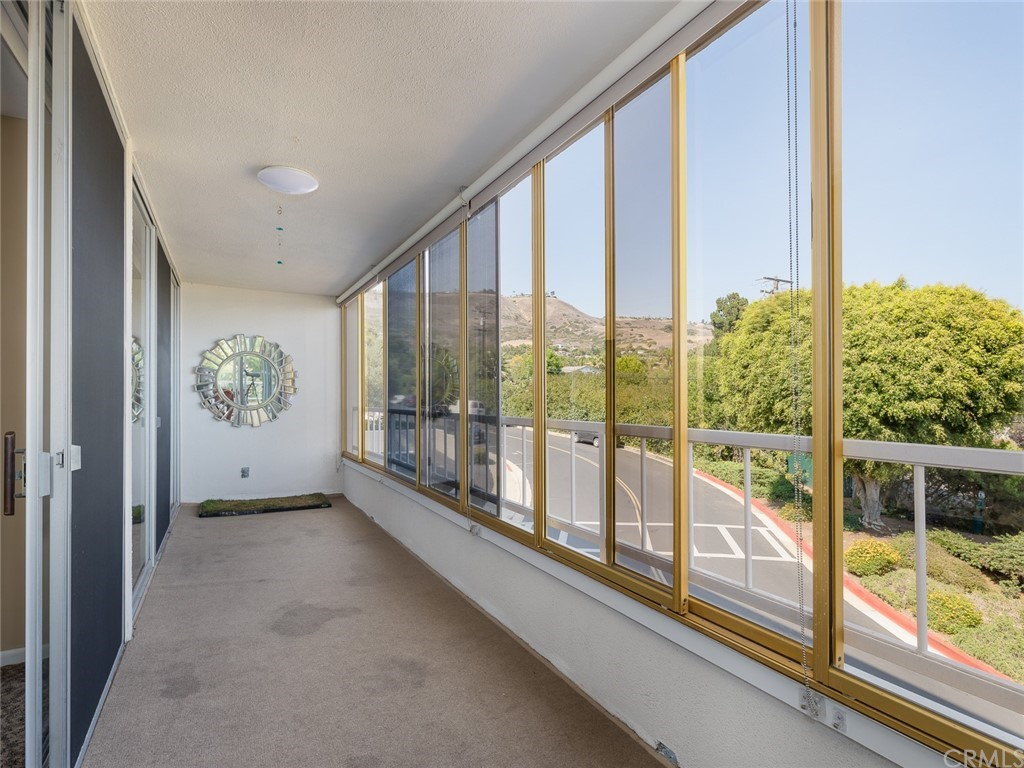 ActiveUnderContract | 32735 Seagate Drive #106 Rancho Palos Verdes, CA 90275 32