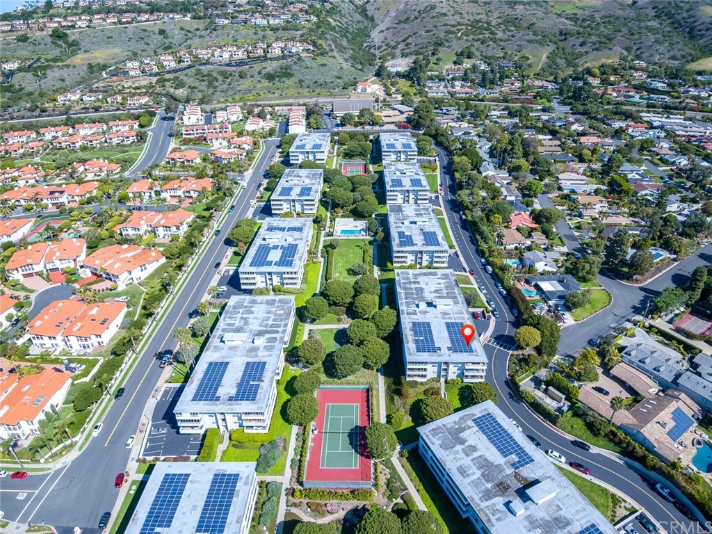 ActiveUnderContract | 32735 Seagate Drive #106 Rancho Palos Verdes, CA 90275 34