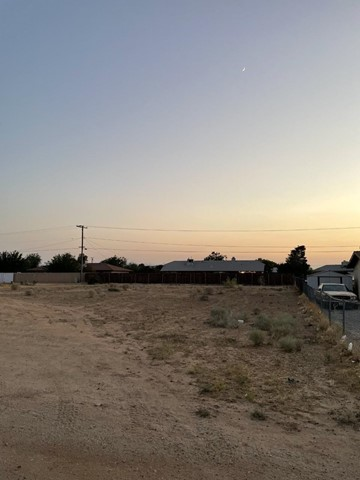 Closed   12432 Kiowa Road Apple Valley, CA 92307 0