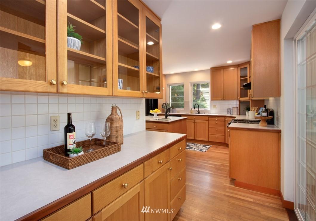 Sold Property   8483 Ferncliff Avenue NE Bainbridge Island, WA 98110 12