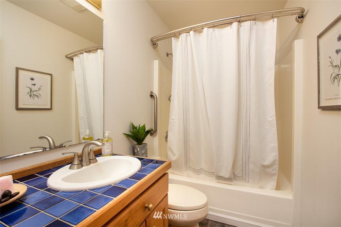 Sold Property   8483 Ferncliff Avenue NE Bainbridge Island, WA 98110 21