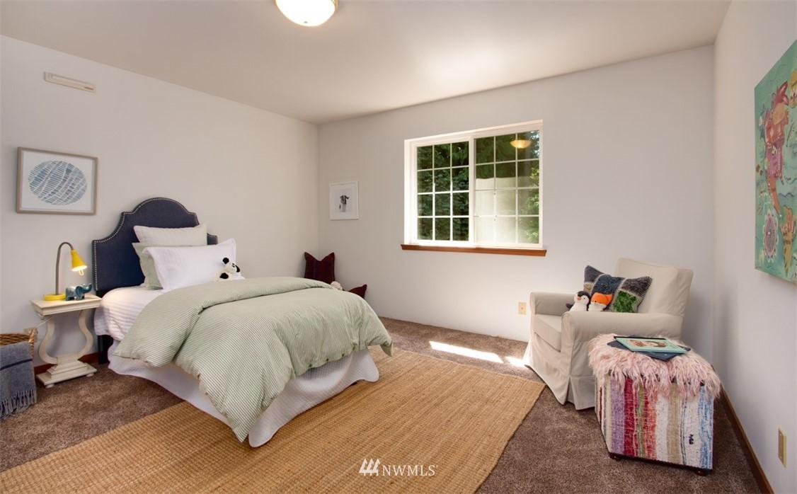 Sold Property   8483 Ferncliff Avenue NE Bainbridge Island, WA 98110 22