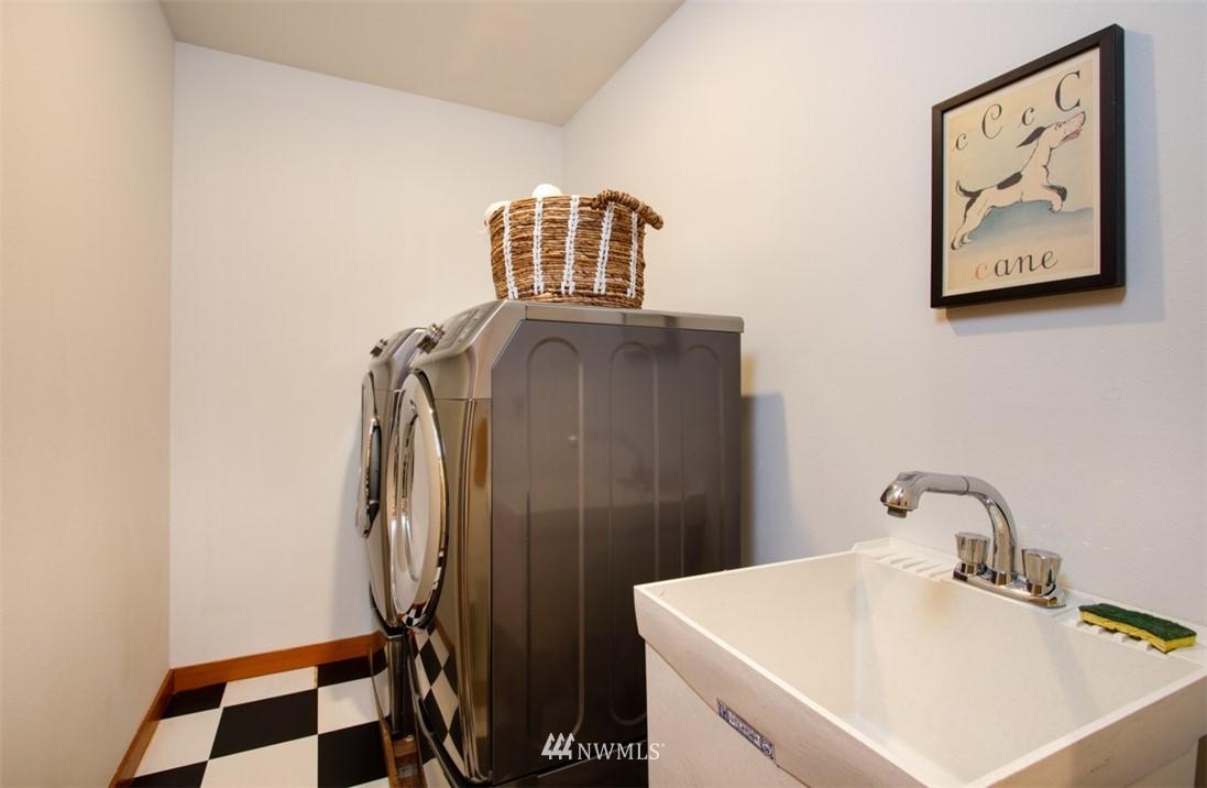 Sold Property   8483 Ferncliff Avenue NE Bainbridge Island, WA 98110 23
