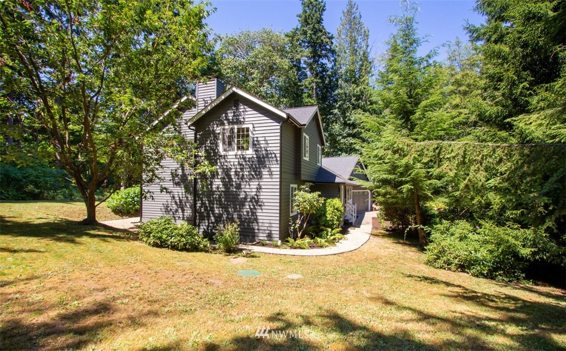 Sold Property   8483 Ferncliff Avenue NE Bainbridge Island, WA 98110 28