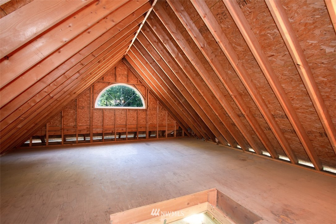 Sold Property   8483 Ferncliff Avenue NE Bainbridge Island, WA 98110 25