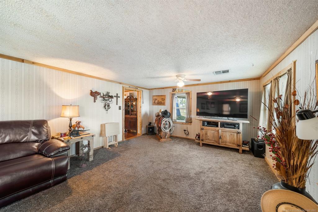 Active   25505 S 4111 Road Claremore, Oklahoma 74019 8