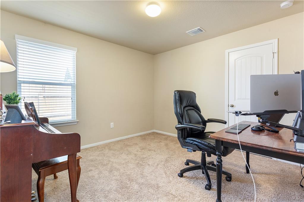 ActiveUnderContract | 12106 Jamie Drive Manor, TX 78653 15