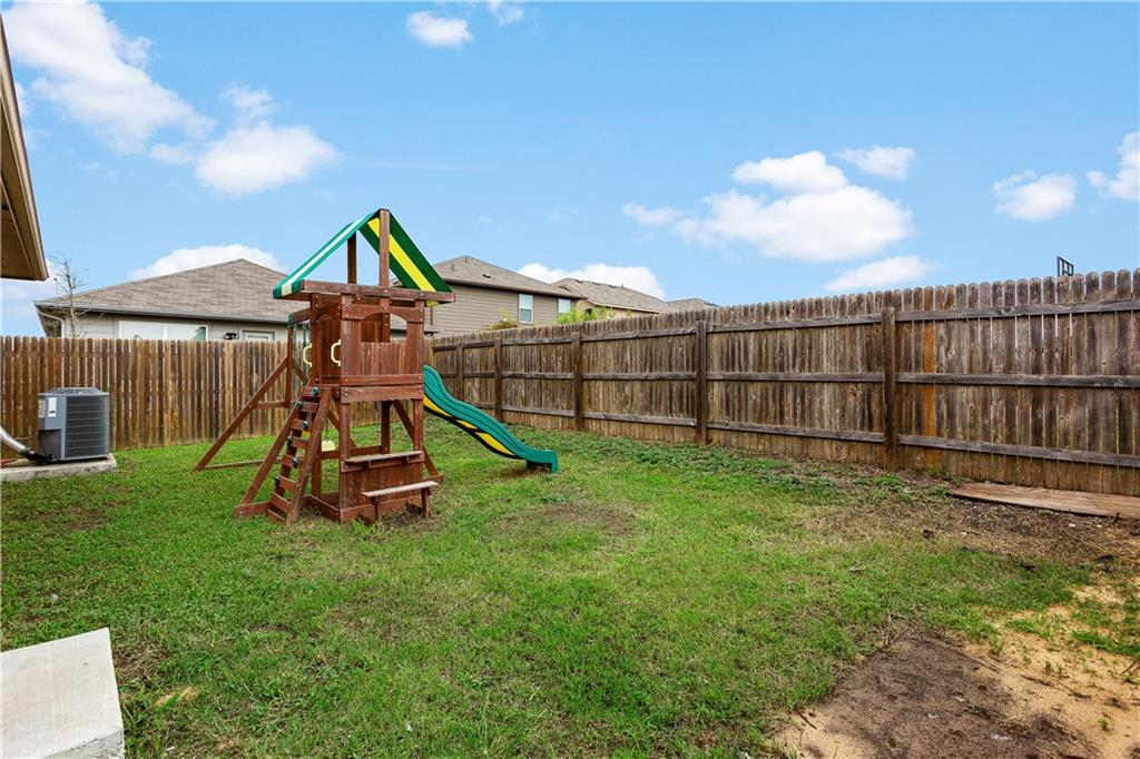 ActiveUnderContract | 12106 Jamie Drive Manor, TX 78653 19