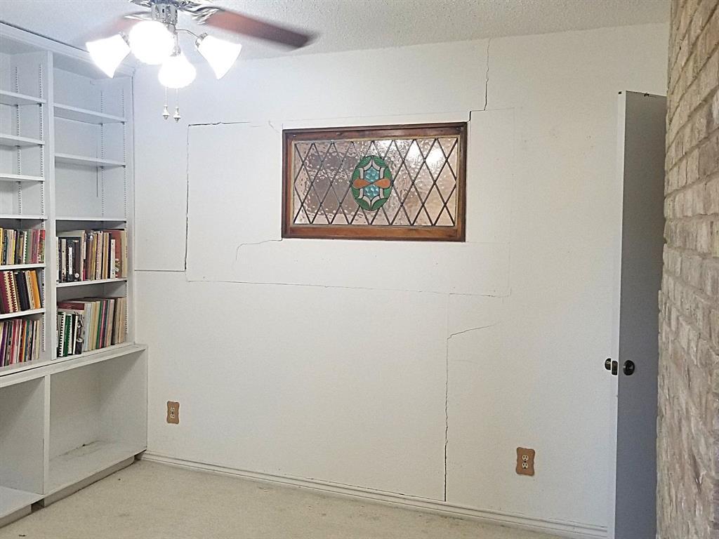 Sold Property | 2368 Monticello Circle Plano, Texas 75075 10