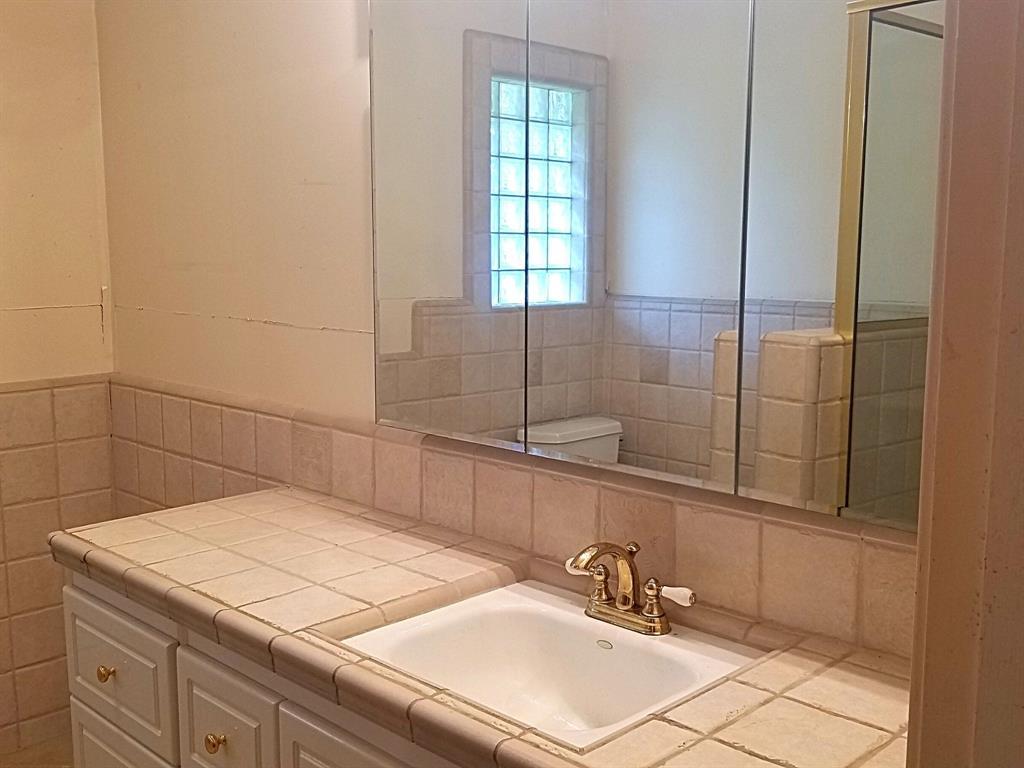 Sold Property | 2368 Monticello Circle Plano, Texas 75075 17