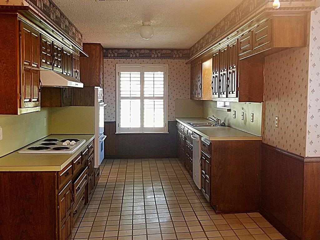 Sold Property | 2368 Monticello Circle Plano, Texas 75075 7