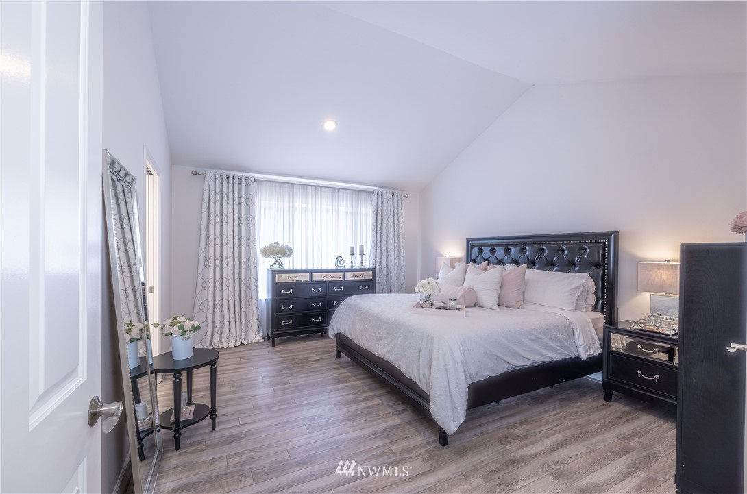 Sold Property   8016 151st Place SE Snohomish, WA 98296 16