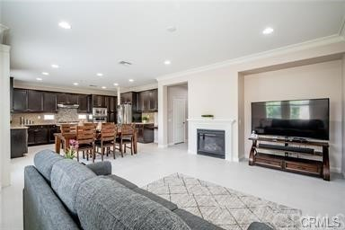 Closed | 205 Summit Lake Forest, CA 92630 13