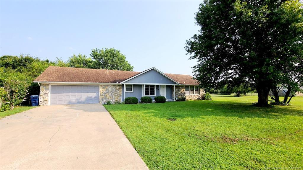 Off Market   8914 E Maple Drive Claremore, Oklahoma 74019 1