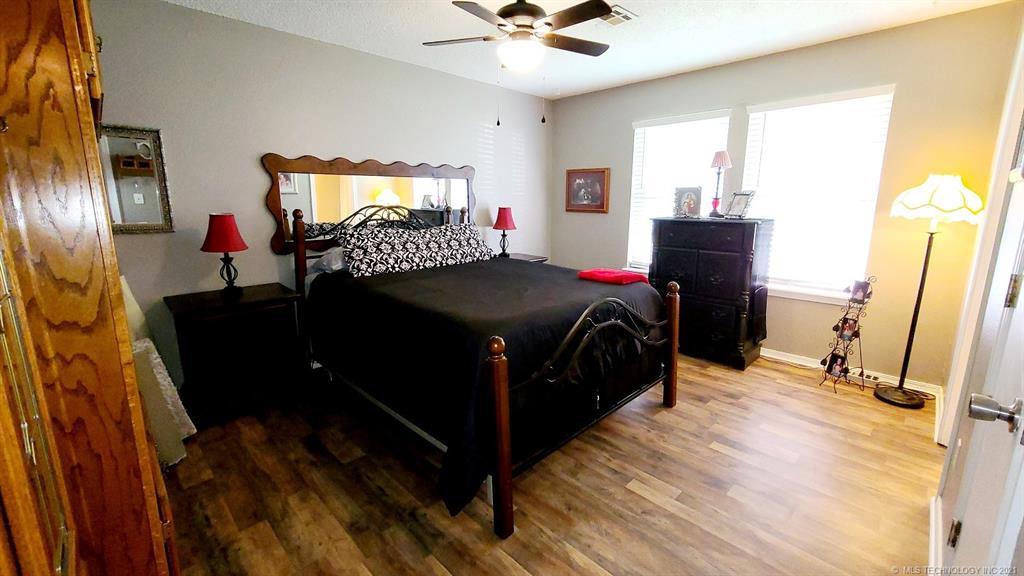 Off Market   8914 E Maple Drive Claremore, Oklahoma 74019 11