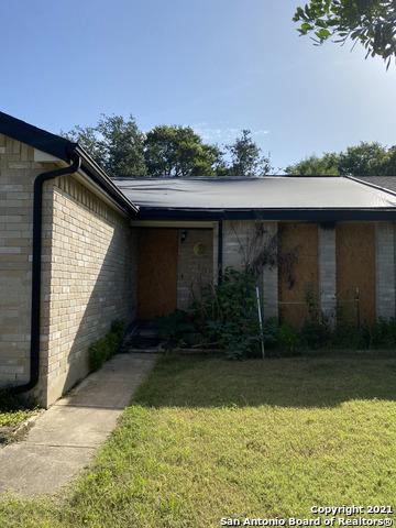 Pending   4912 TIMBER TRACE ST San Antonio, TX 78250 0