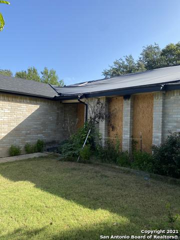 Pending   4912 TIMBER TRACE ST San Antonio, TX 78250 1