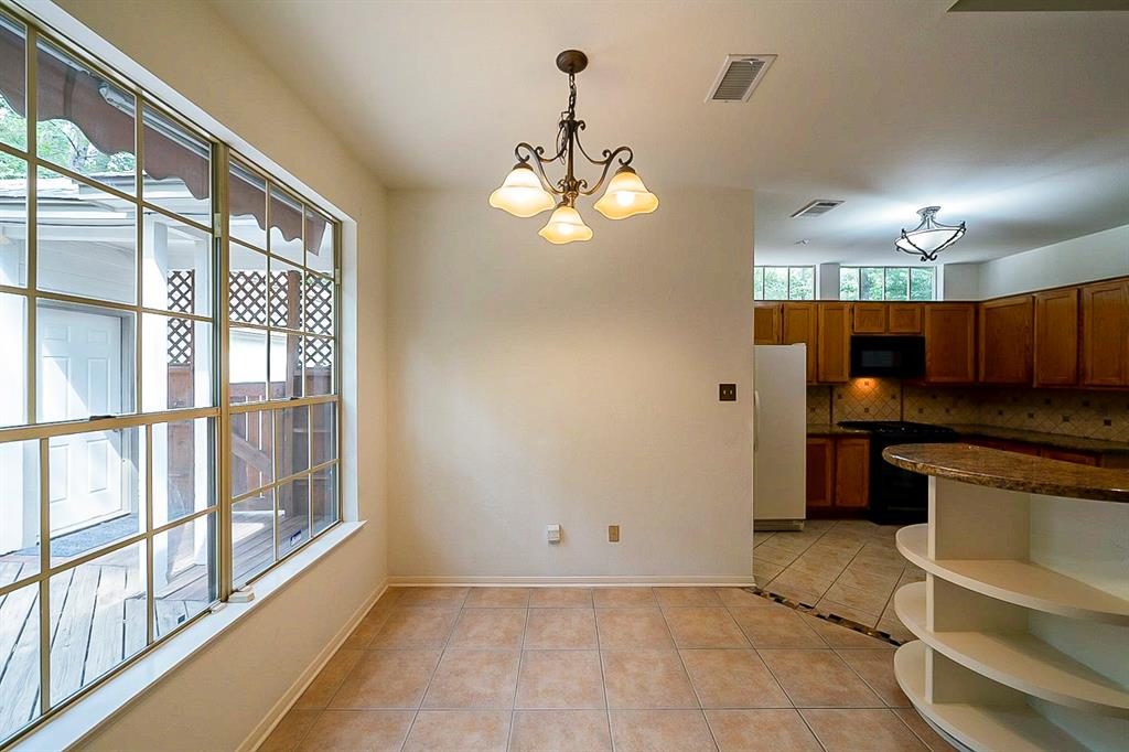Active | 130 N Trace Creek Drive Spring, Texas 77381 11