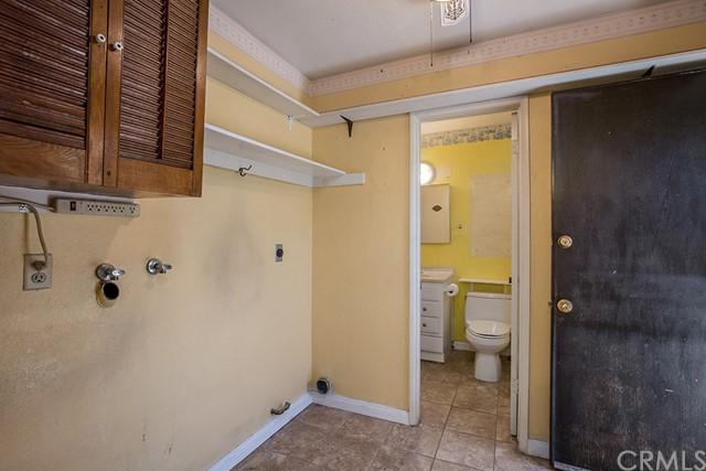 Closed   250 N Magnolia Avenue Rialto, CA 92376 14