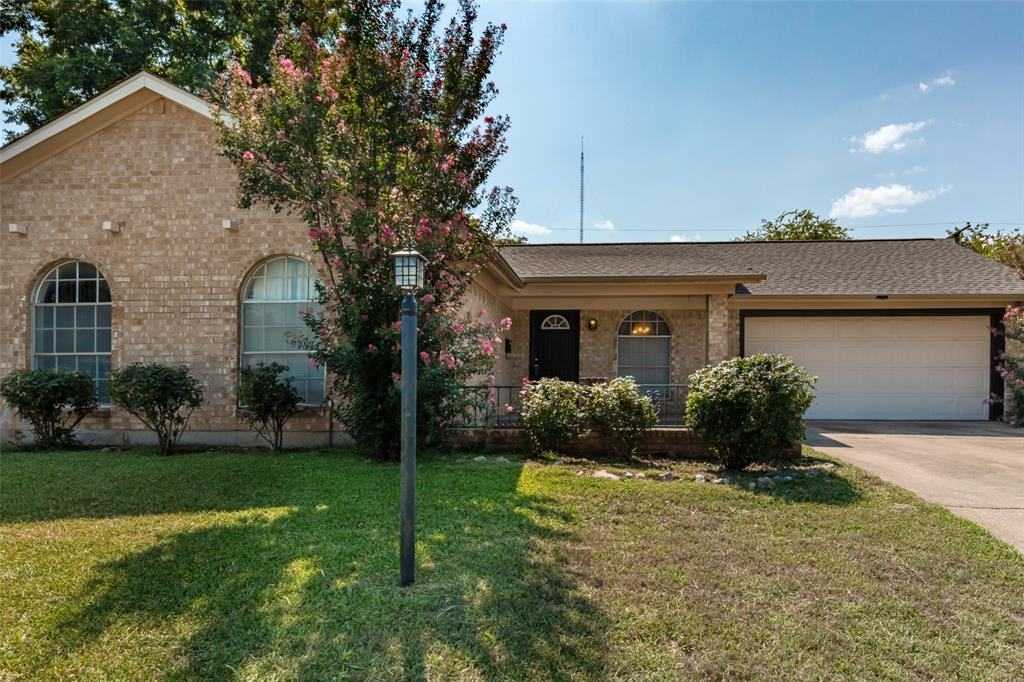 Sold Property   1808 Lake Shore Court Fort Worth, Texas 76103 0
