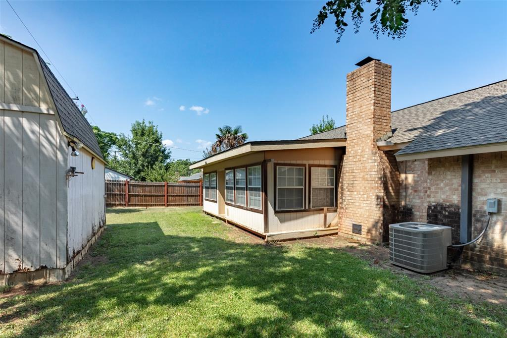 Sold Property   1808 Lake Shore Court Fort Worth, Texas 76103 20