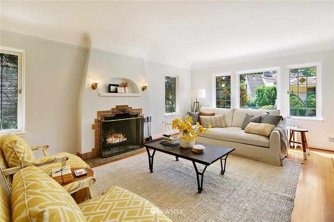 Sold Property | 2120 NE Park Road Seattle, WA 98105 1