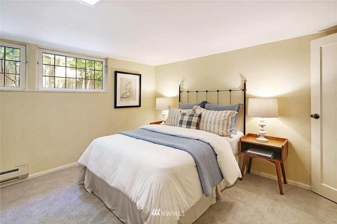 Sold Property | 2120 NE Park Road Seattle, WA 98105 16