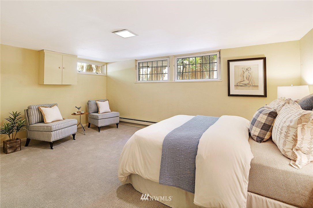 Sold Property | 2120 NE Park Road Seattle, WA 98105 17