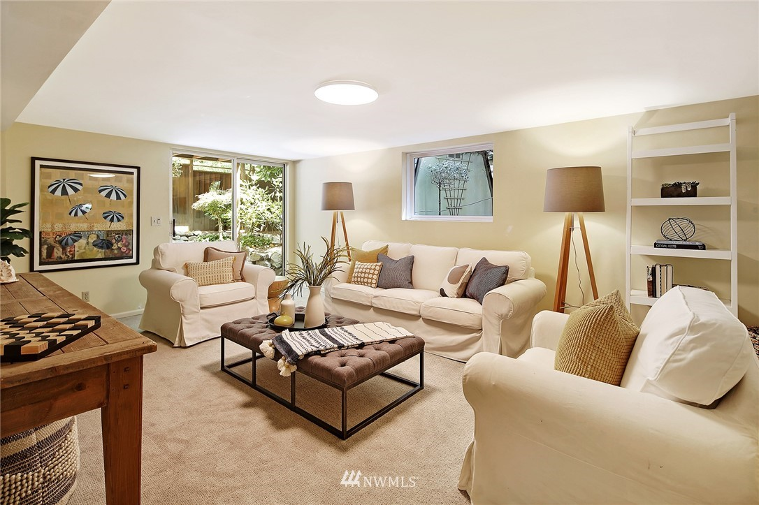 Sold Property | 2120 NE Park Road Seattle, WA 98105 18