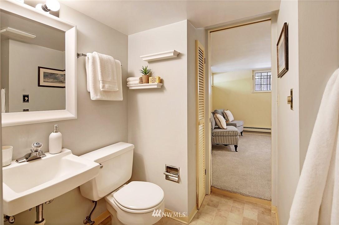 Sold Property | 2120 NE Park Road Seattle, WA 98105 20