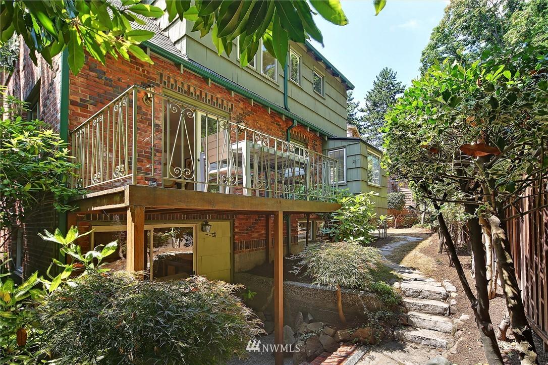 Sold Property | 2120 NE Park Road Seattle, WA 98105 22