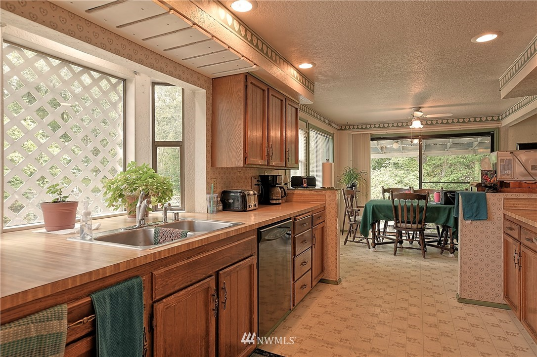 Sold Property | 6724 Interurban Boulevard Snohomish, WA 98296 9