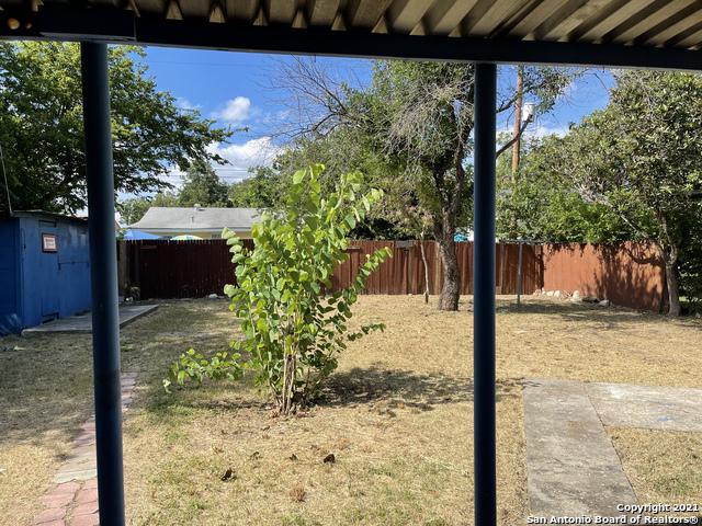 Pending | 2707 LAGOON DR San Antonio, TX 78224 7
