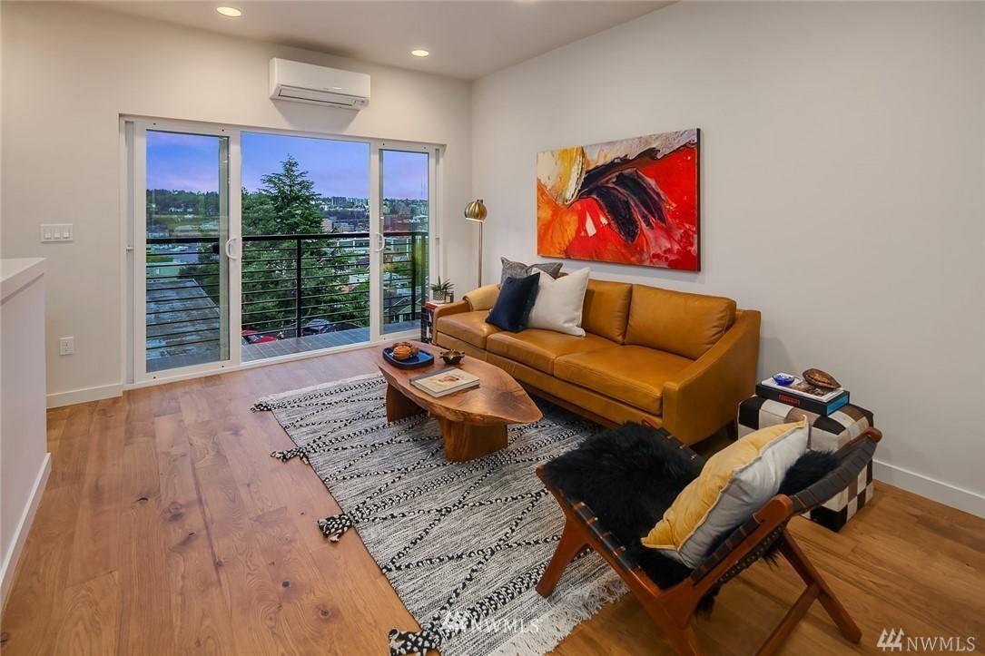 Sold Property   2364 Franklin Avenue E #A Seattle, WA 98102 6
