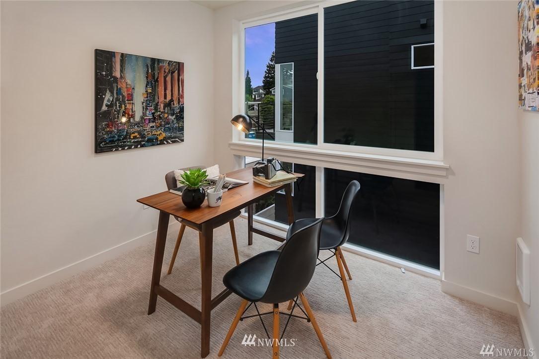 Sold Property   2364 Franklin Avenue E #A Seattle, WA 98102 11
