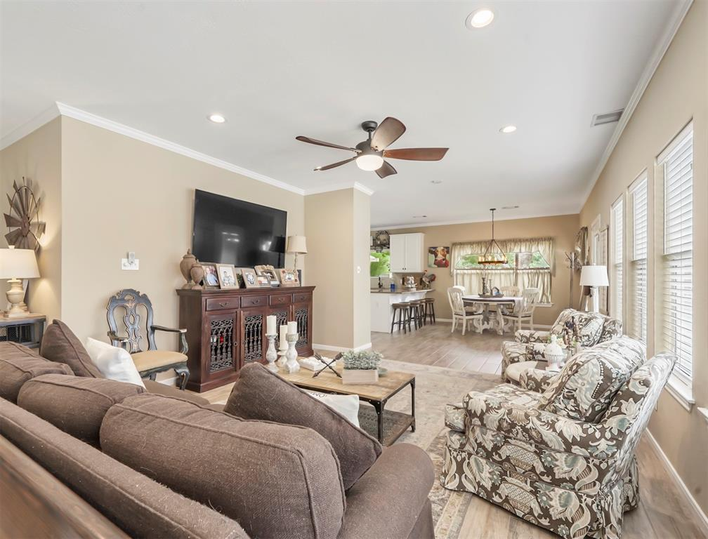 Pending | 30510 Quinn Road Tomball, Texas 77375 10
