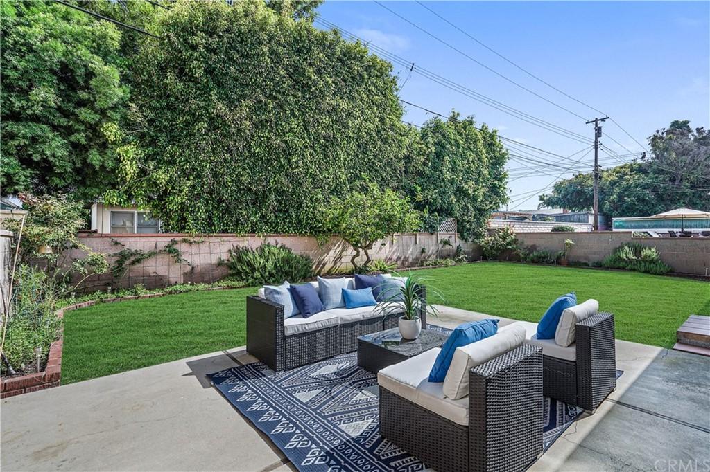 Pending | 5417 W 140th Street Hawthorne, CA 90250 5