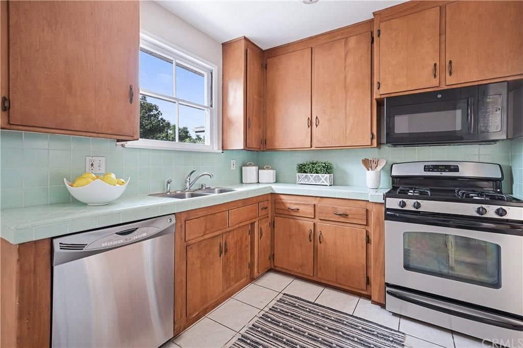 Pending | 5417 W 140th Street Hawthorne, CA 90250 13